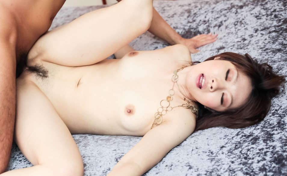 Rio Kagawa Asian shows full of cum asshole after anal drilling